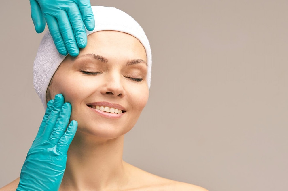 A Non Surgical Brow Lift… Is It Possible?